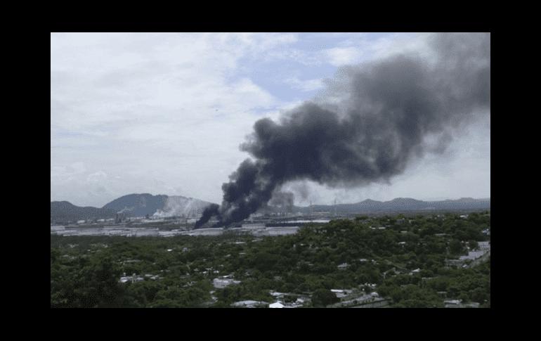 Reportan explosión en refinería de Pemex en Salina Cruz, Oaxaca