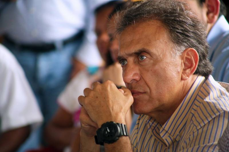 """""""Trasciende"""" Orden de aprehensión para Miguel Ángel Yunes Linares."""