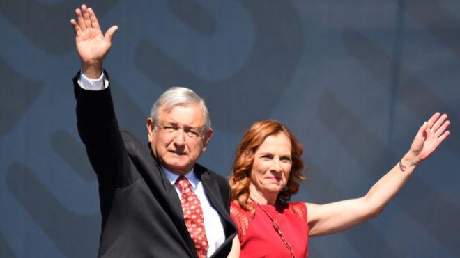 Presidente López Obrador asegura haber cumplido 89 de 100 compromisos.