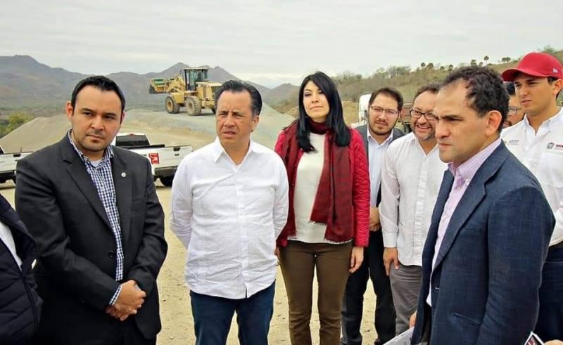 JALÓN DE OREJAS DE HACIENDA; URGE LICITAR OBRAS