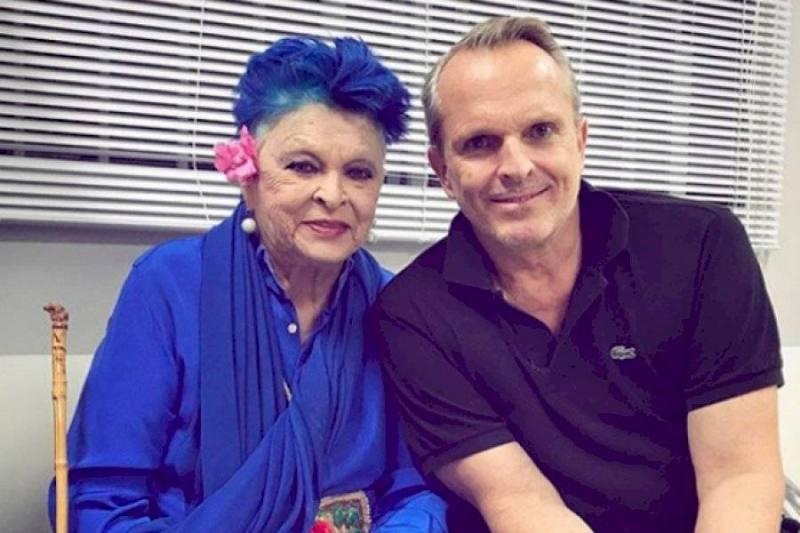 Fallece mamá de Miguel Bosé por neumonía