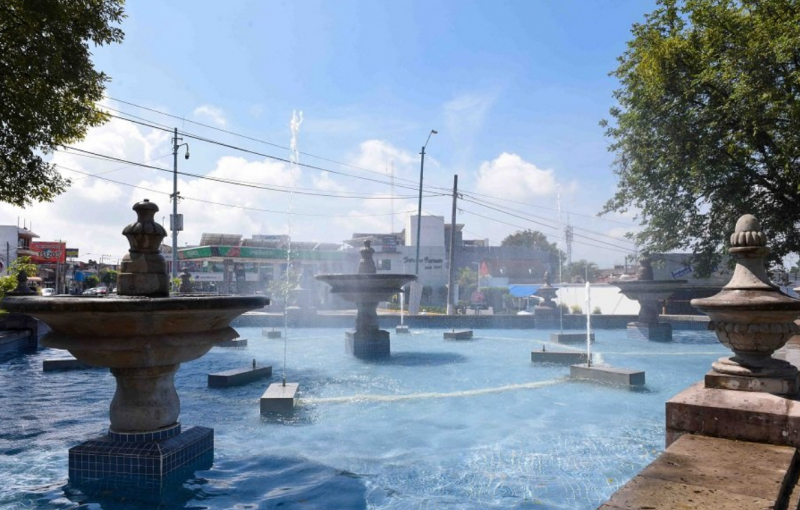 Ponen en funcionamiento fuentes de la avenida Xalapa