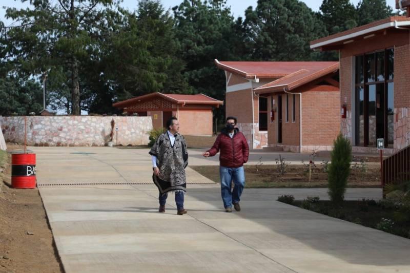 La Universidad para el Bienestar Benito Juárez de Huayacocotla, lleva un  90% de avance