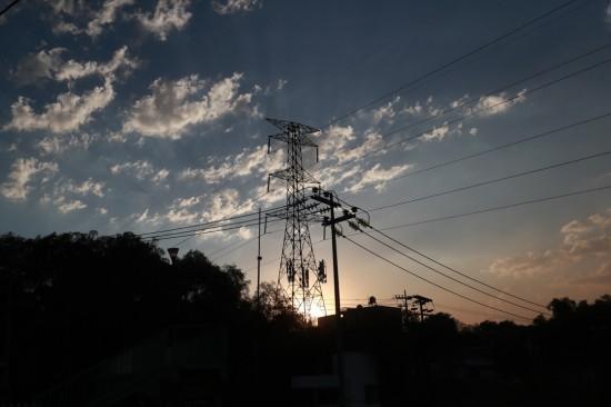 'Balconeará ' el Presidente a detractores de la reforma eléctrica.
