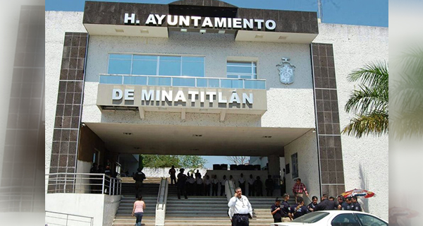 Alcalde de Minatitlán, bajo la lupa